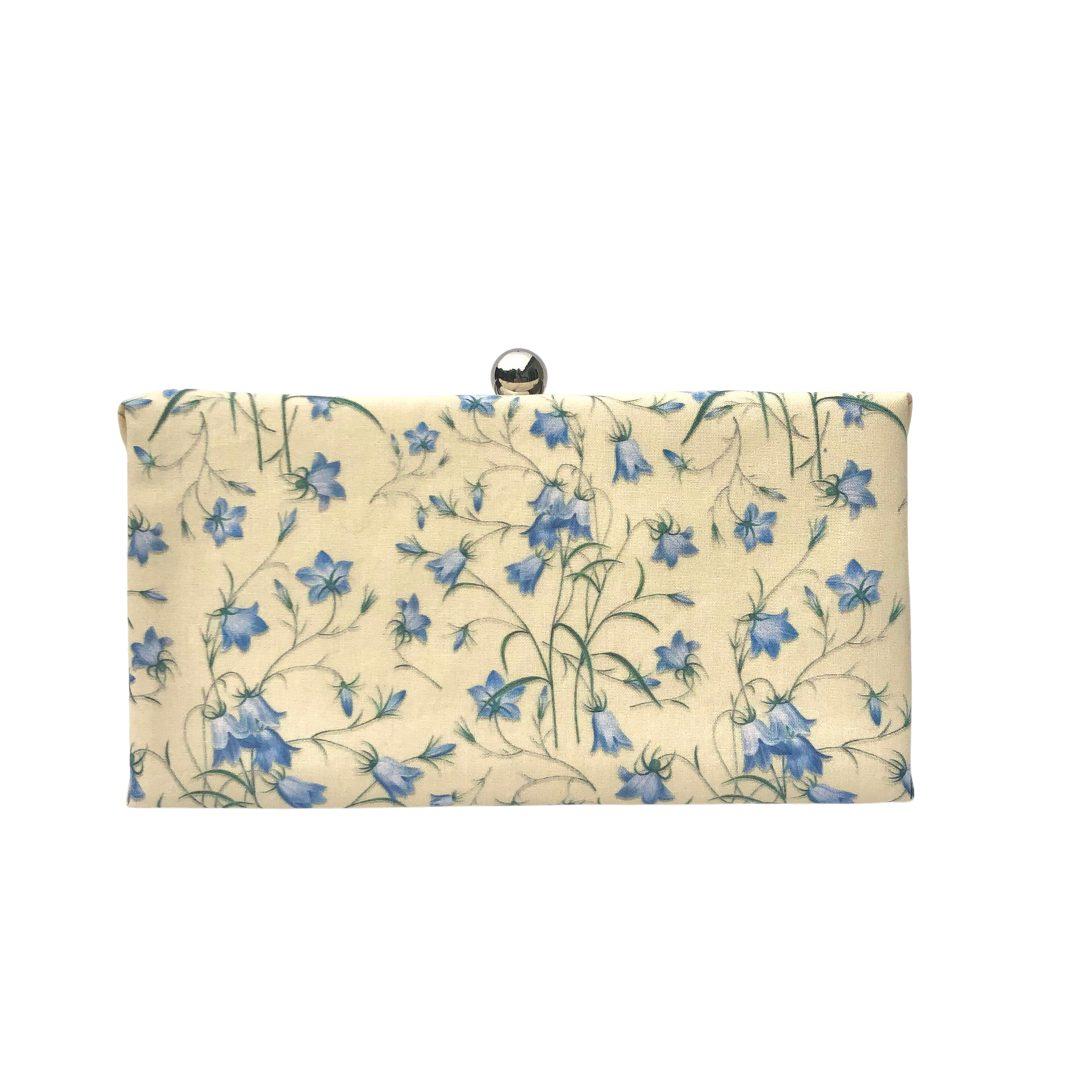 classic ladies purse